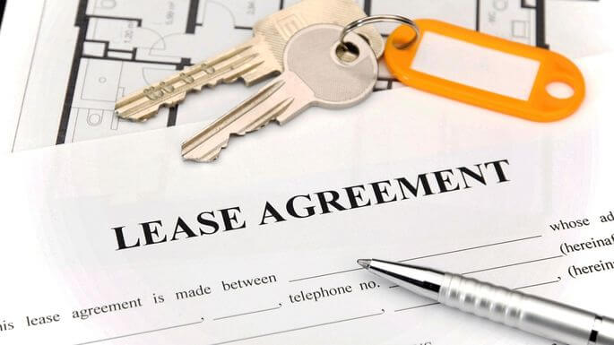 Lease agreement with keys on top