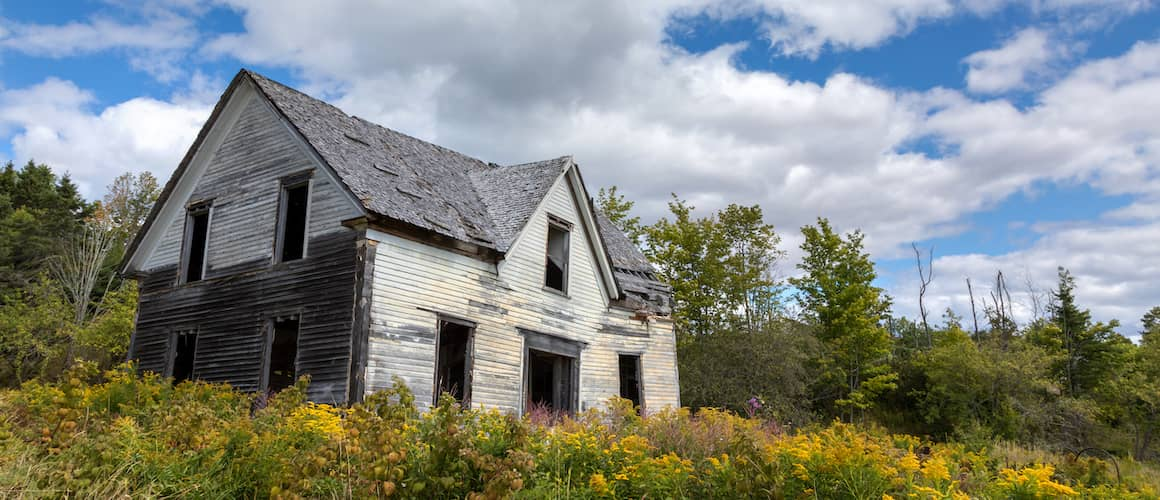 Distressed off market home