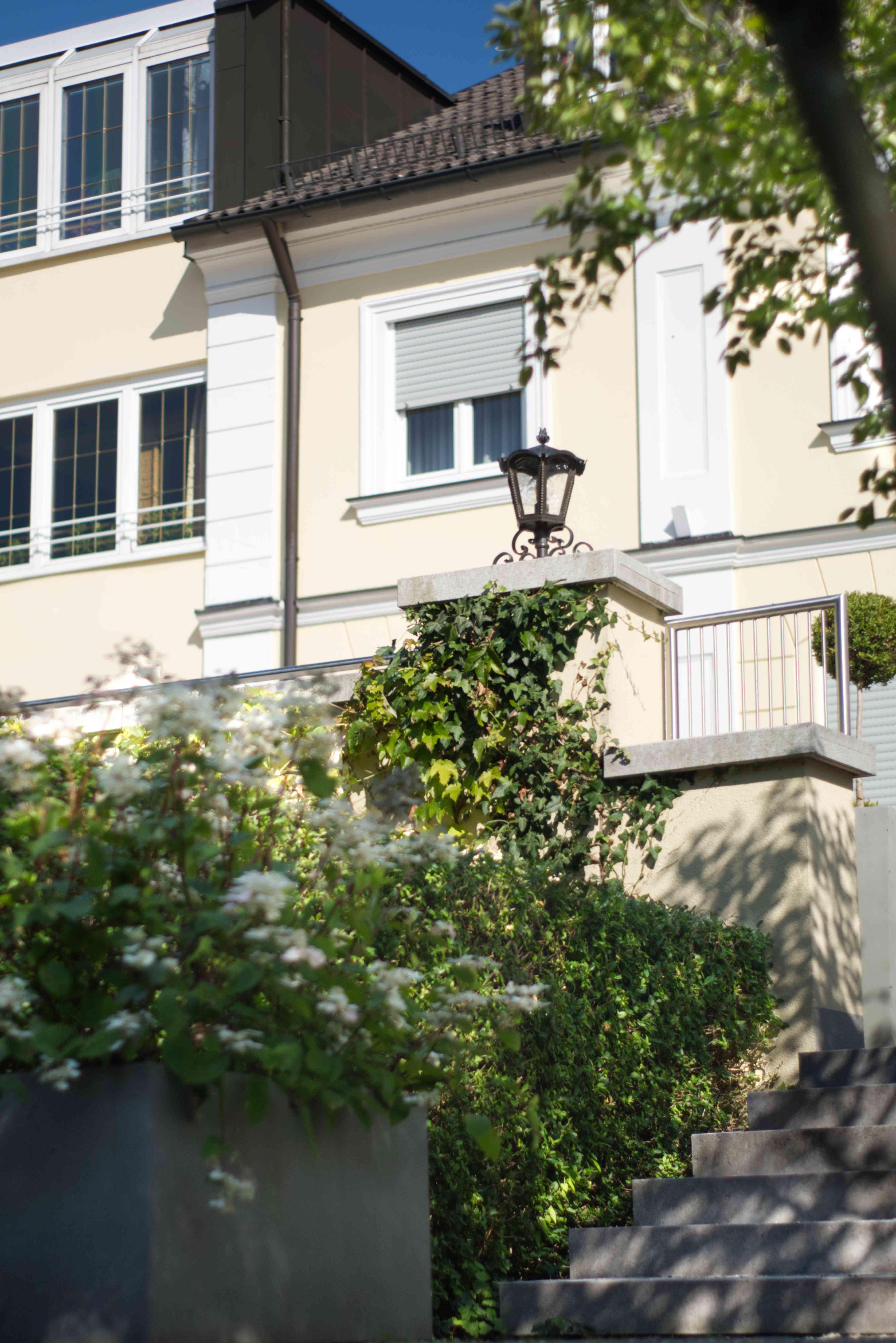Haupthaus des Hotels am Schlosspark