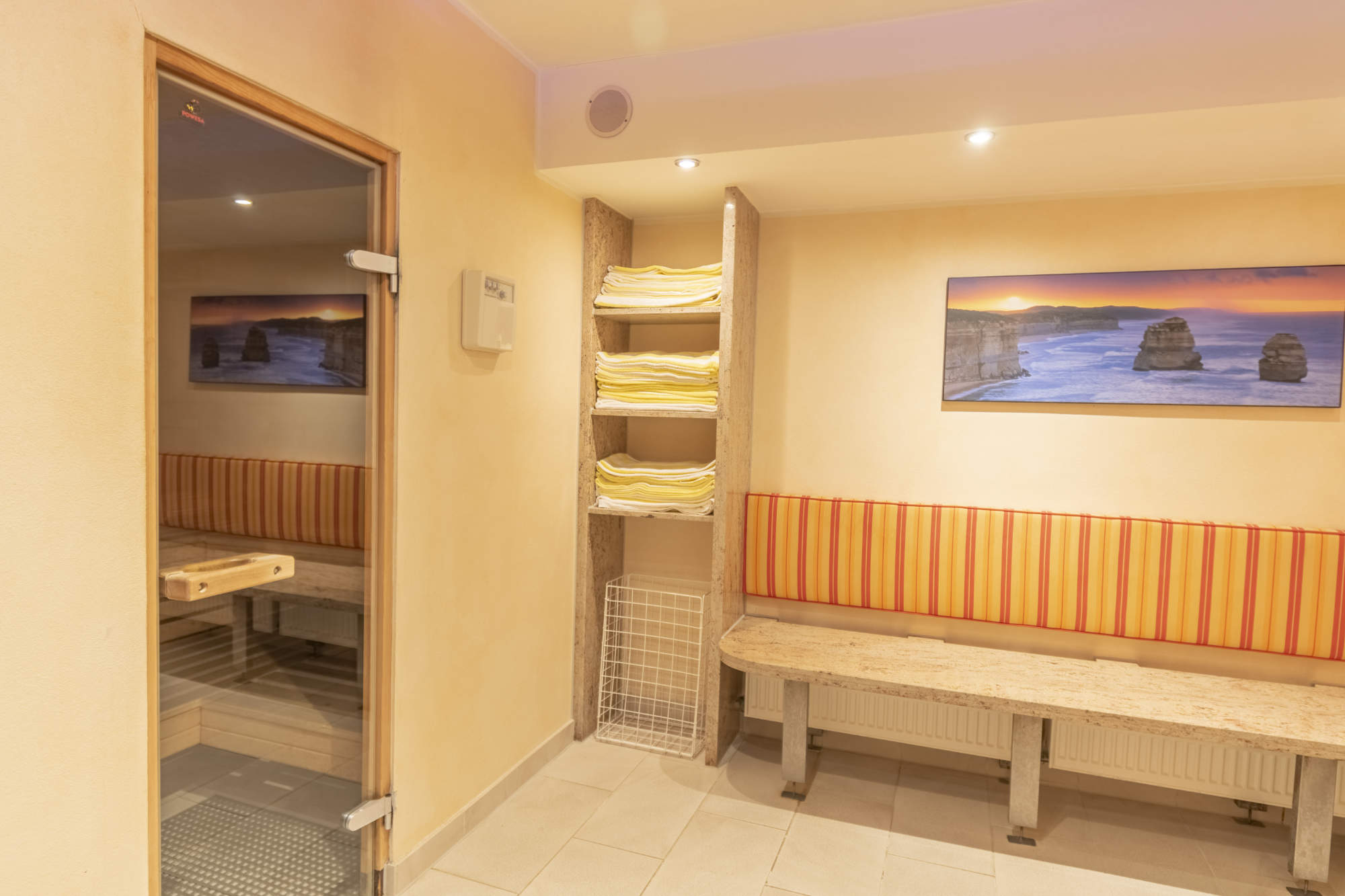 Seating in the area in front of the sauna