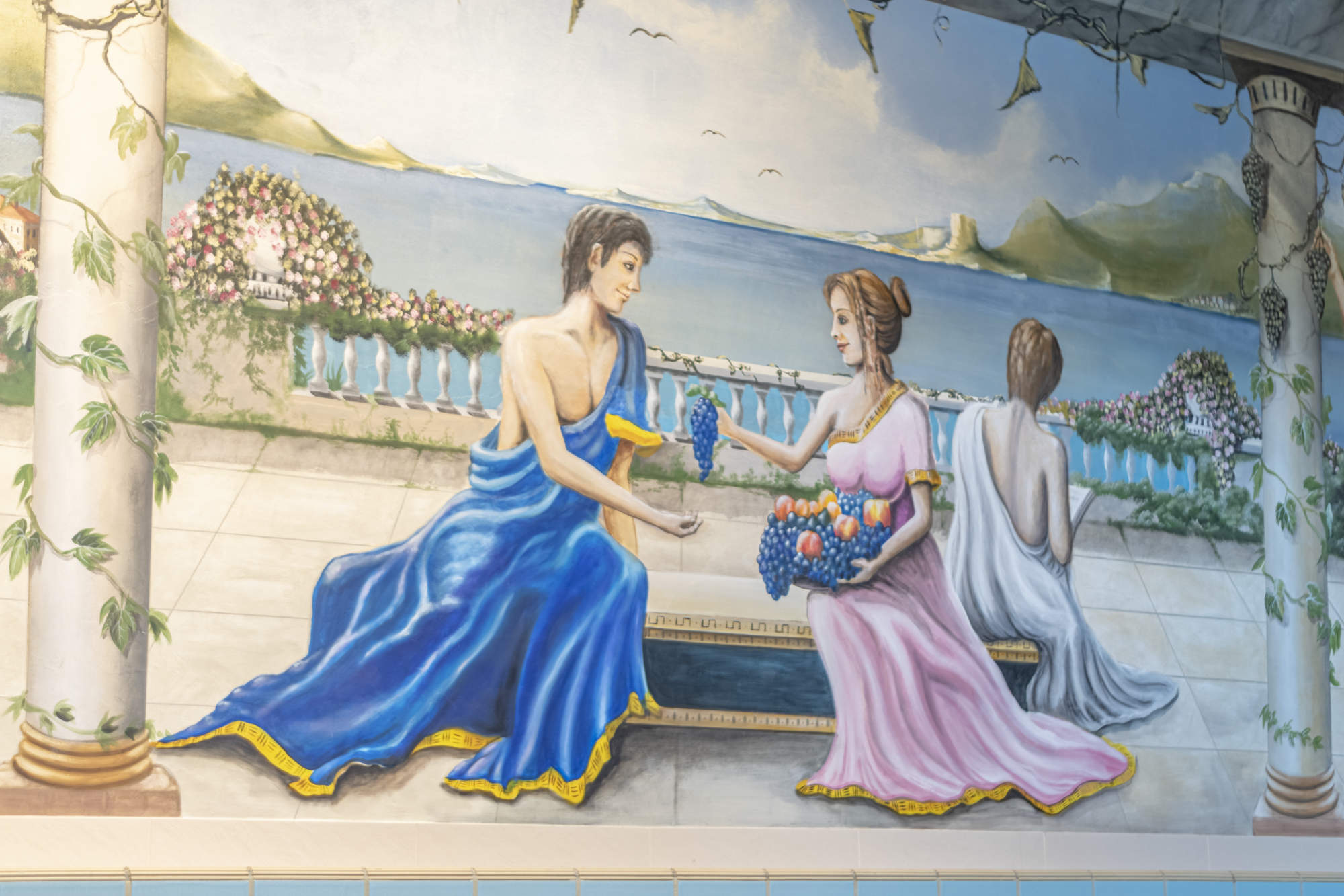 Painting in the swimming pool