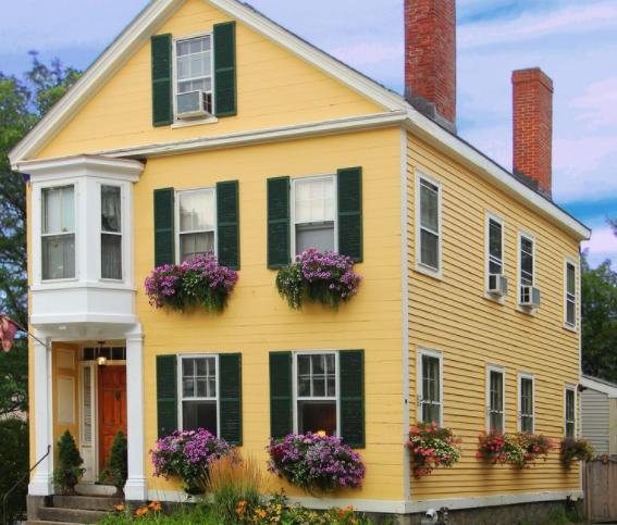 Salem Rental Properties in Fall