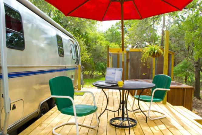 Restored Airstream Texas_Alternative Airbnb Accommodations