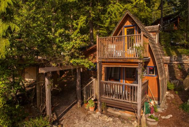 AFrame Canada Alternative Airbnb Accommodations Futurestay