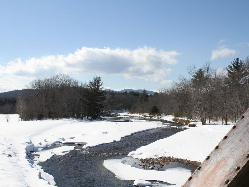 Four Seasons Lodge, North Conway NH - Winter - Futurestay