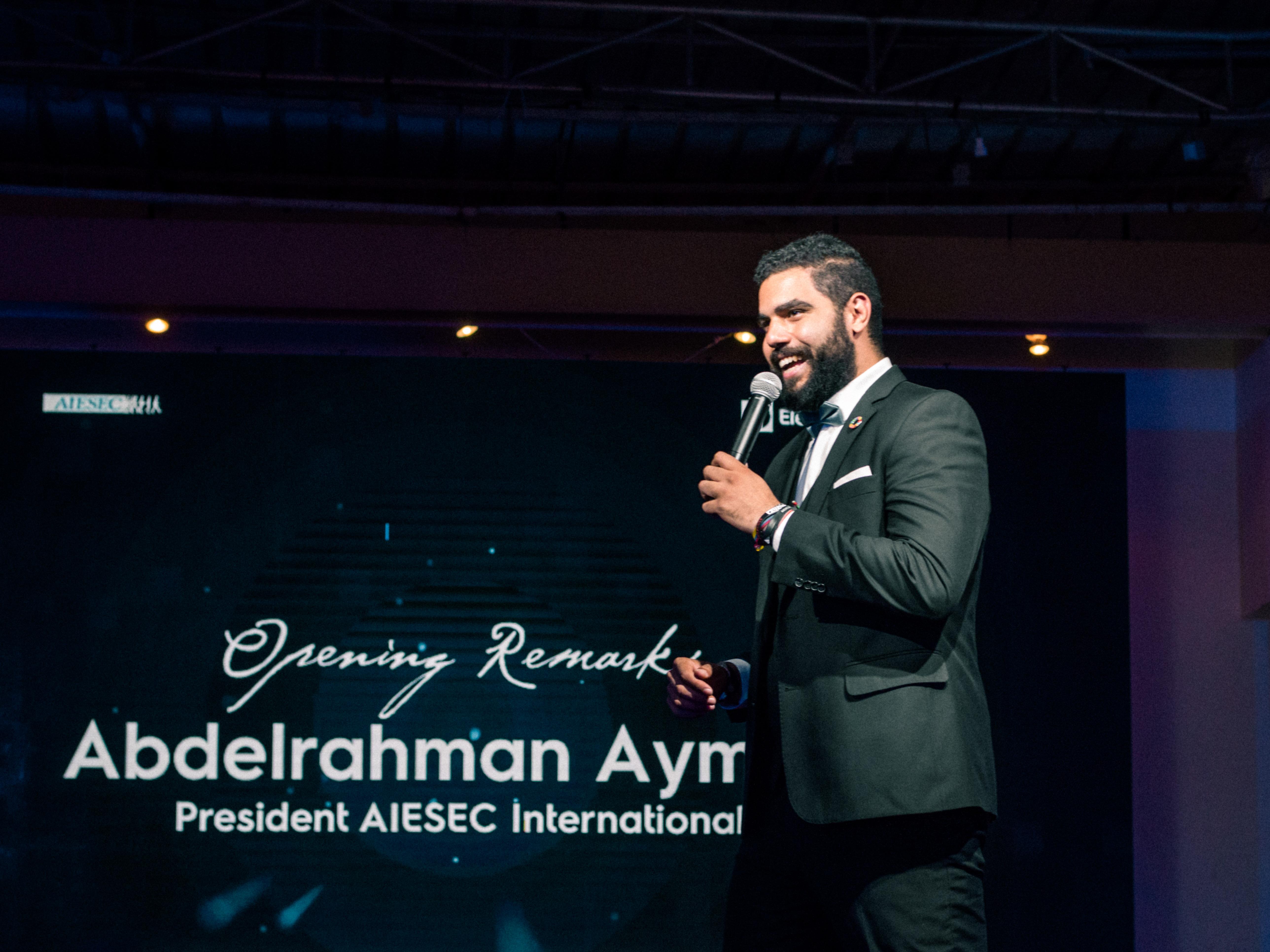 AIESEC President presenting awards International Congress 2018