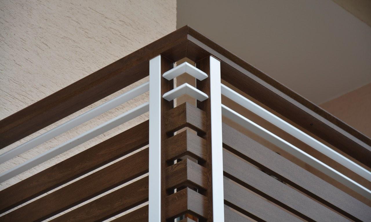 recinzione pvc alluminio colore legno