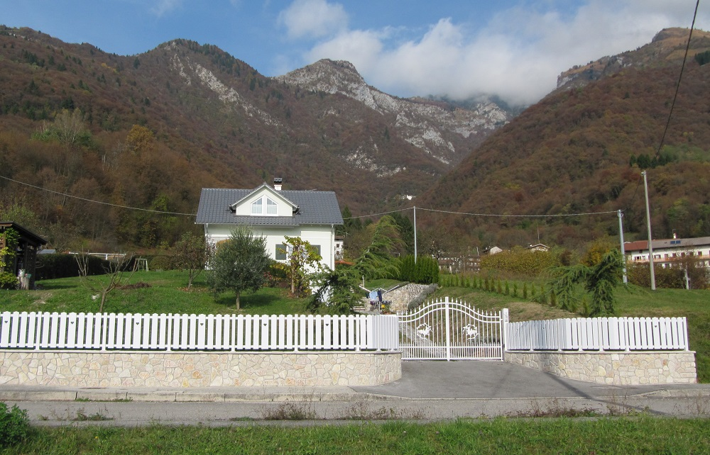 recinzione bianca pvc giardino