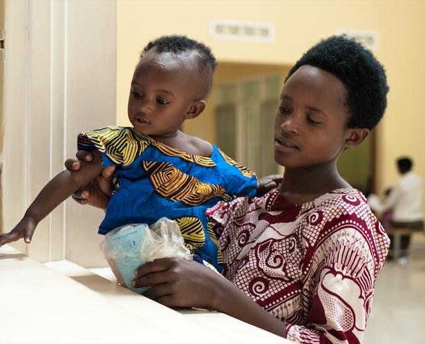 Rwandan mother and child