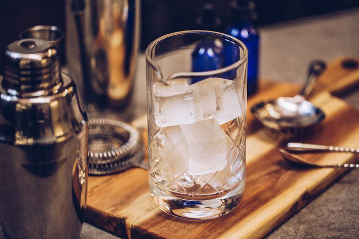 Best Mixing Glass for Your Home Bar
