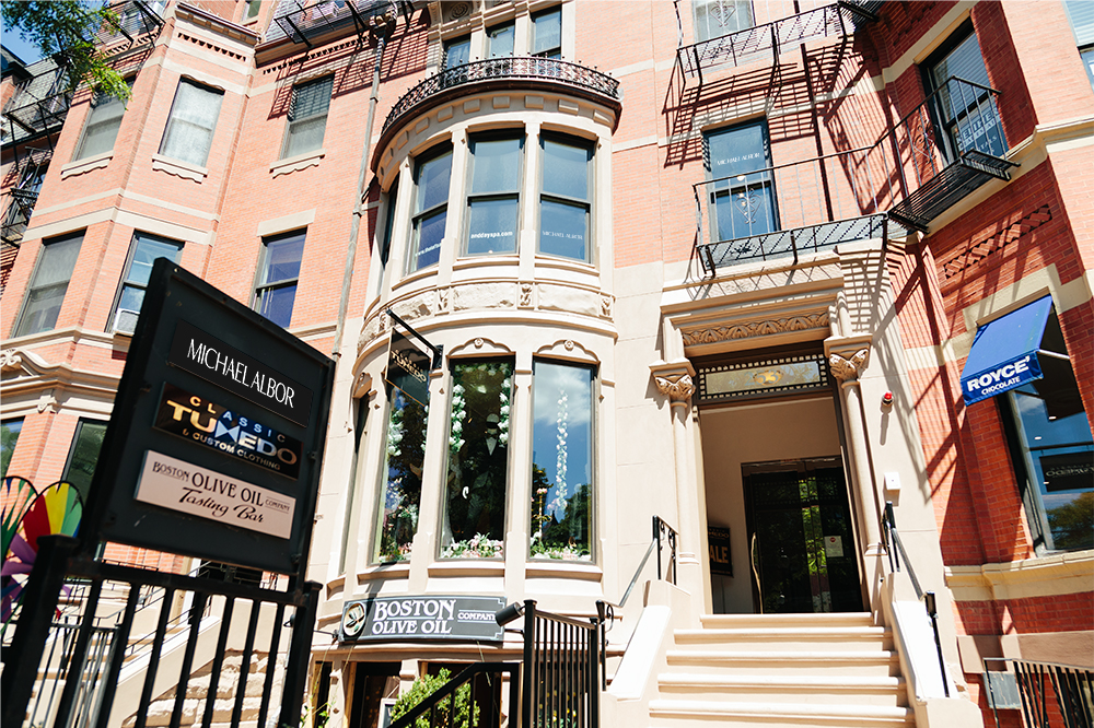 Located in the heart of Back Bay on Newbury Street, The Michael Albor Loft Salon offers the finest in color &form hairdressing Boston has to offer.