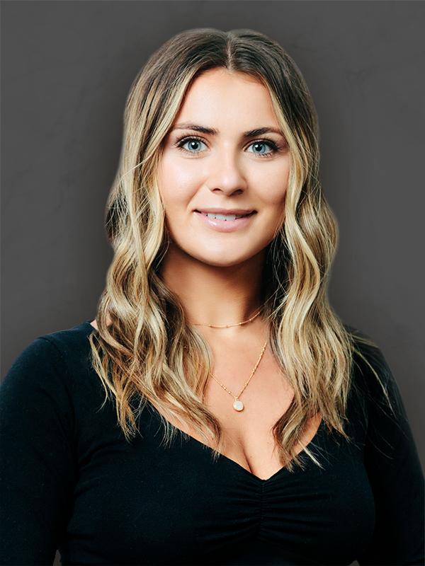 Noelle Degrenier