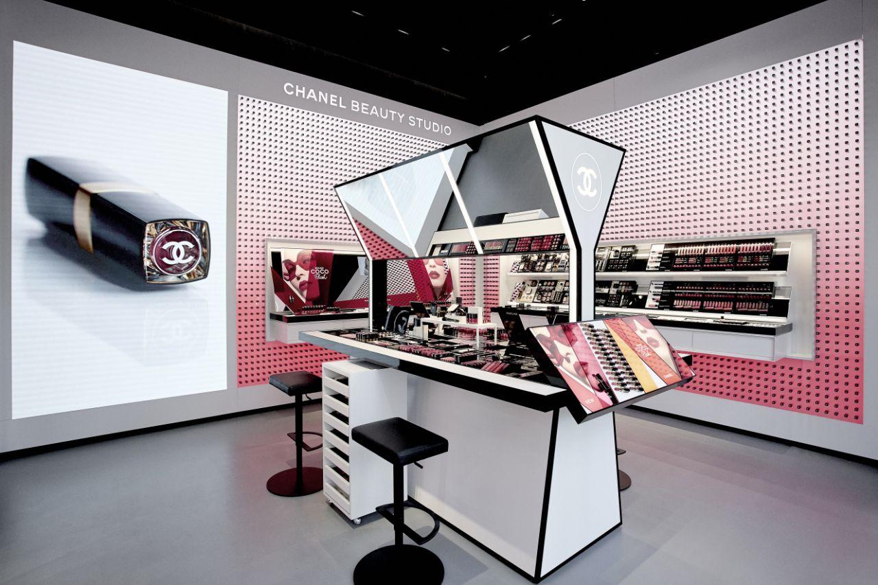 La nouvelle boutique Chanel beauté aux Champs Elysées