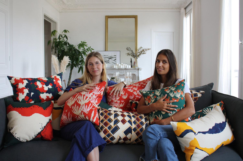 Talissa Bachelot (à droite de l'image) et sa collection Australie Adjamée
