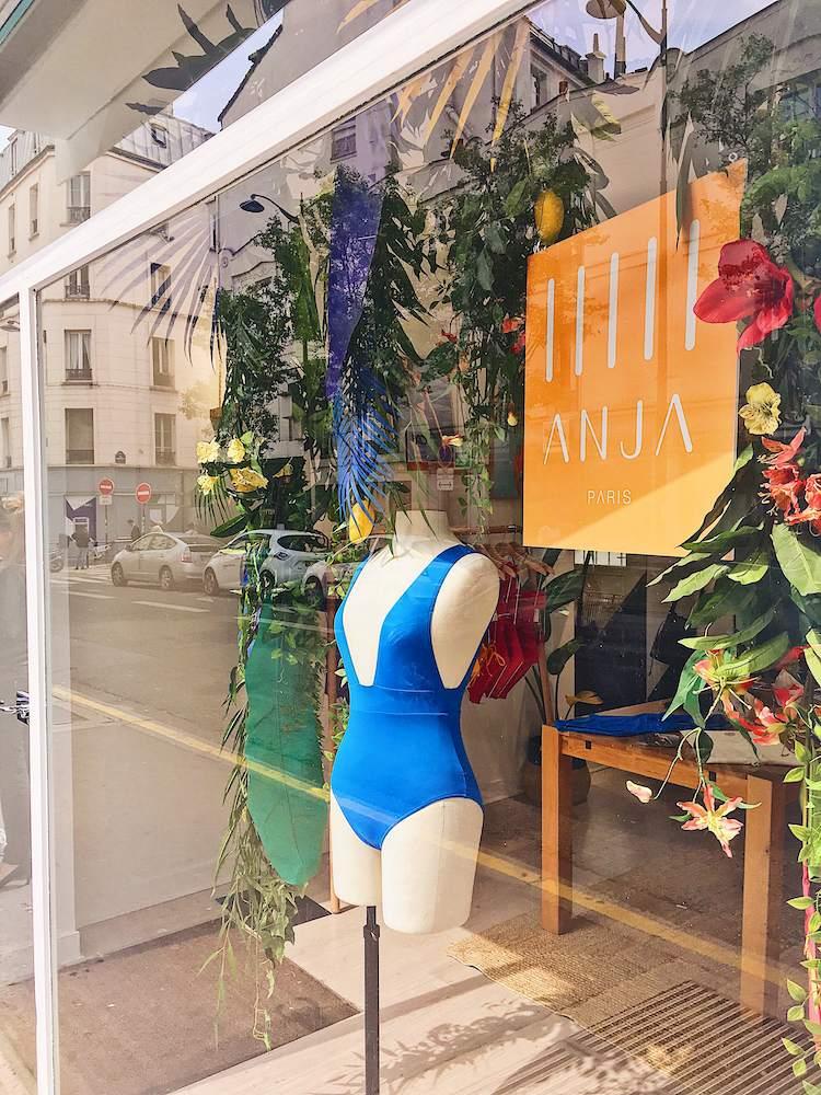 Vitrine pop up store ANJA Paris Batignolles