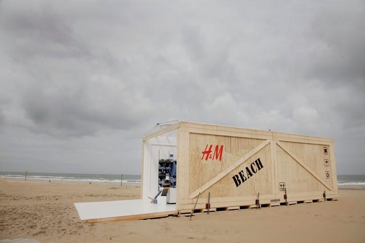 Pop up store H&M à La Haye ©Retail Design Blog