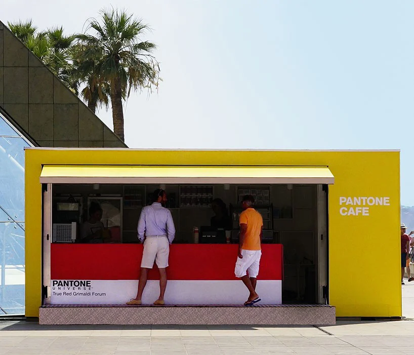 Container pop up store Pantone