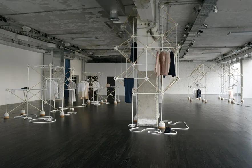 La boutique éphémère COS à Milan