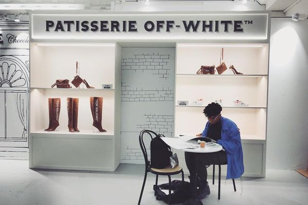 Pop up store Off-White à la rue Saint Honoré à Paris ©Off-White