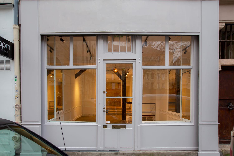 Pop-up store rental in the Marais