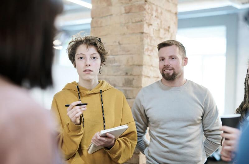 conversation_people-at_work