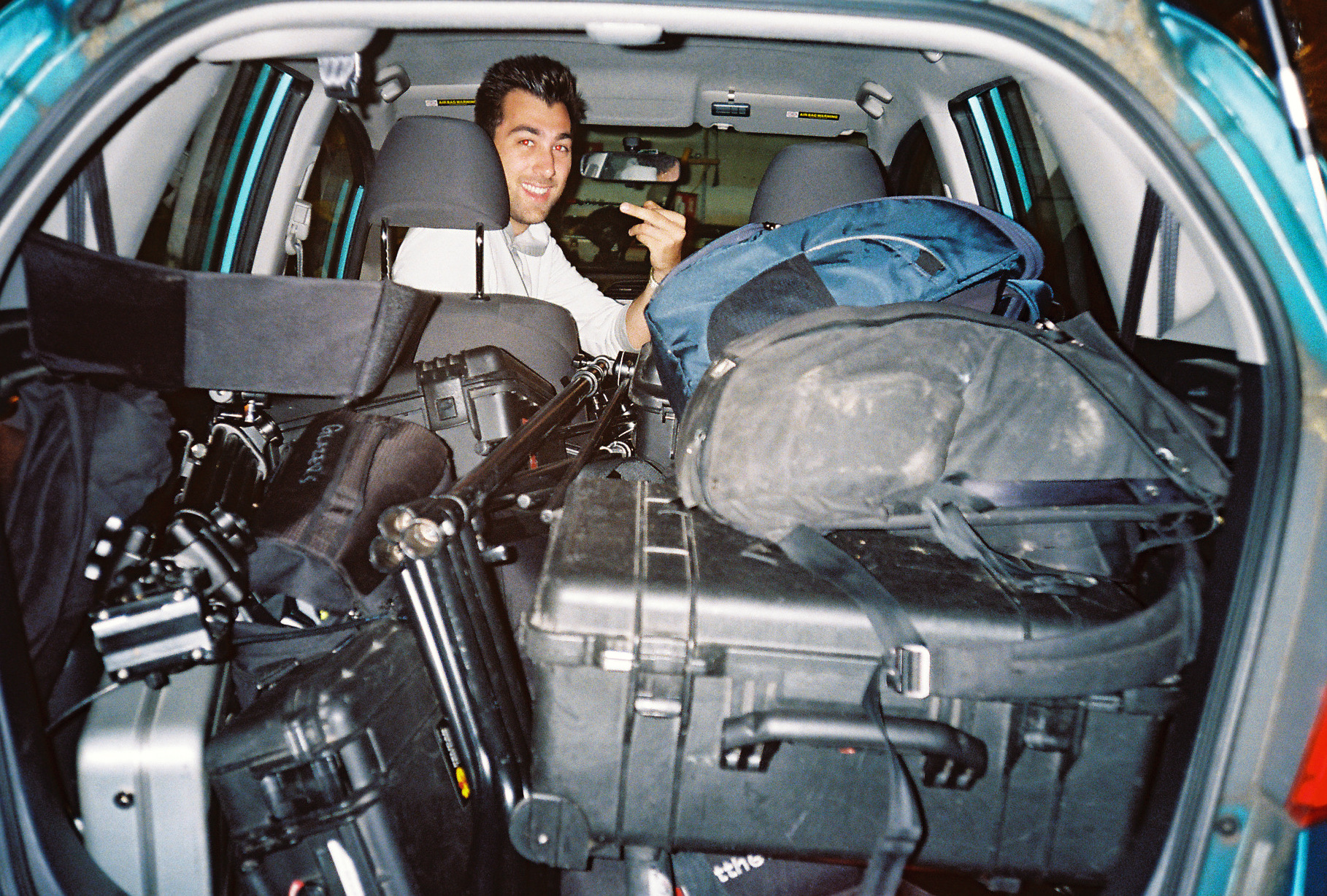 leo in car packed