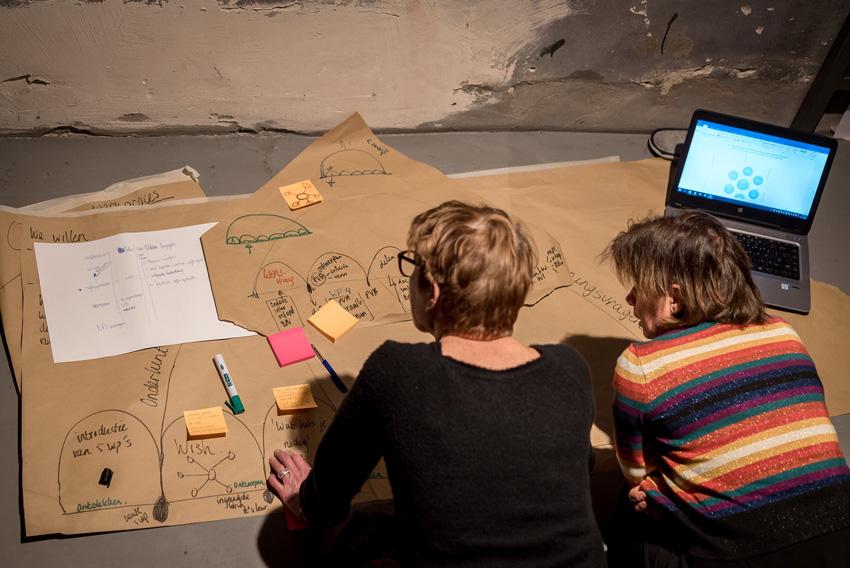 EDEX event - Jochem Goedhals legt Fontys Pulsed onderwijs uit