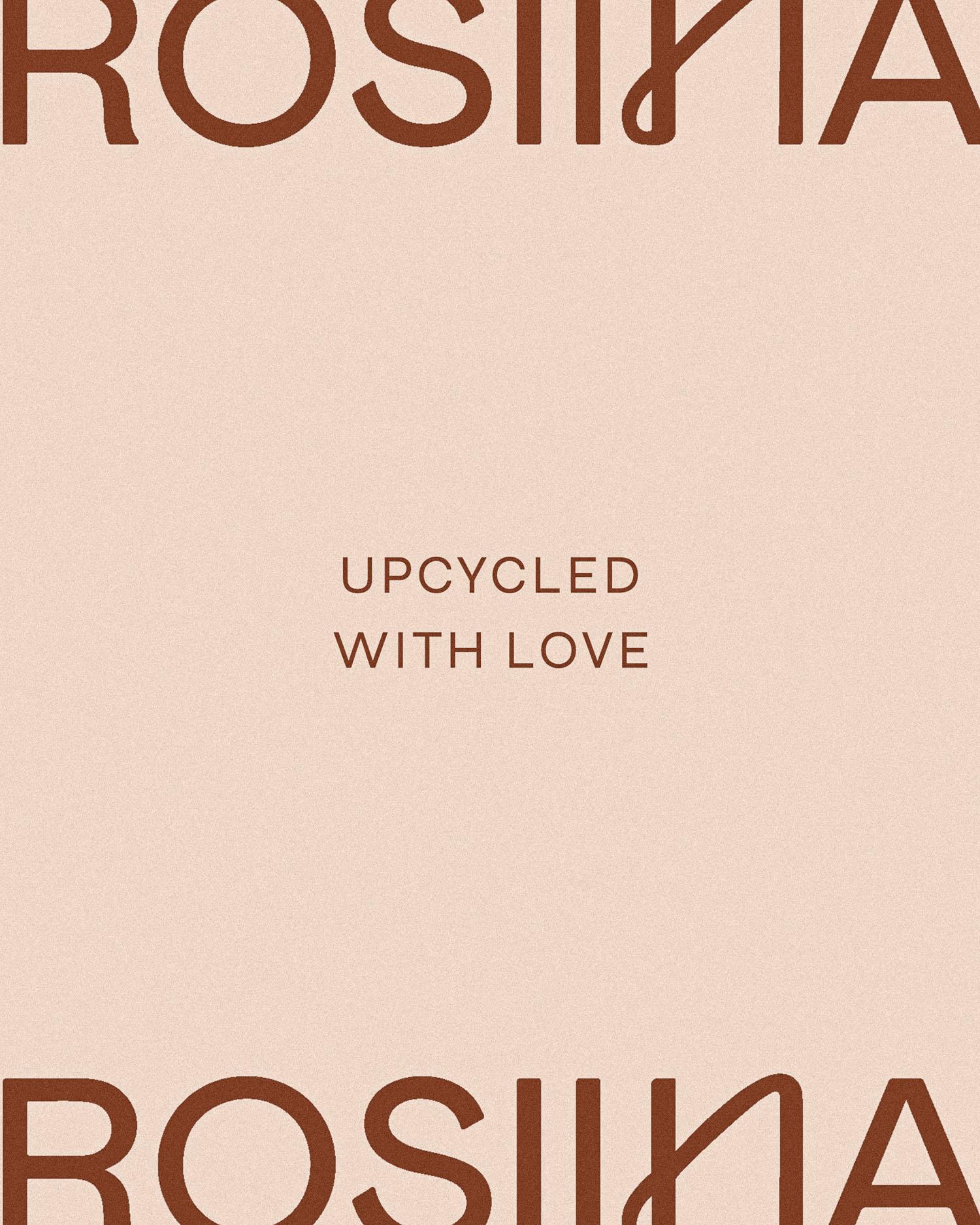 Studio Rosiinan logo ja slogan vaaleanpunaisella pohjalla
