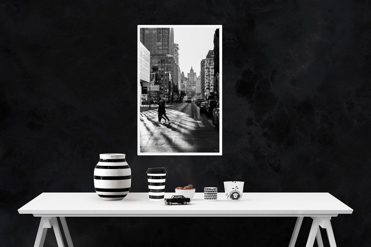 Décoration d'un intérieur en noir en blanc