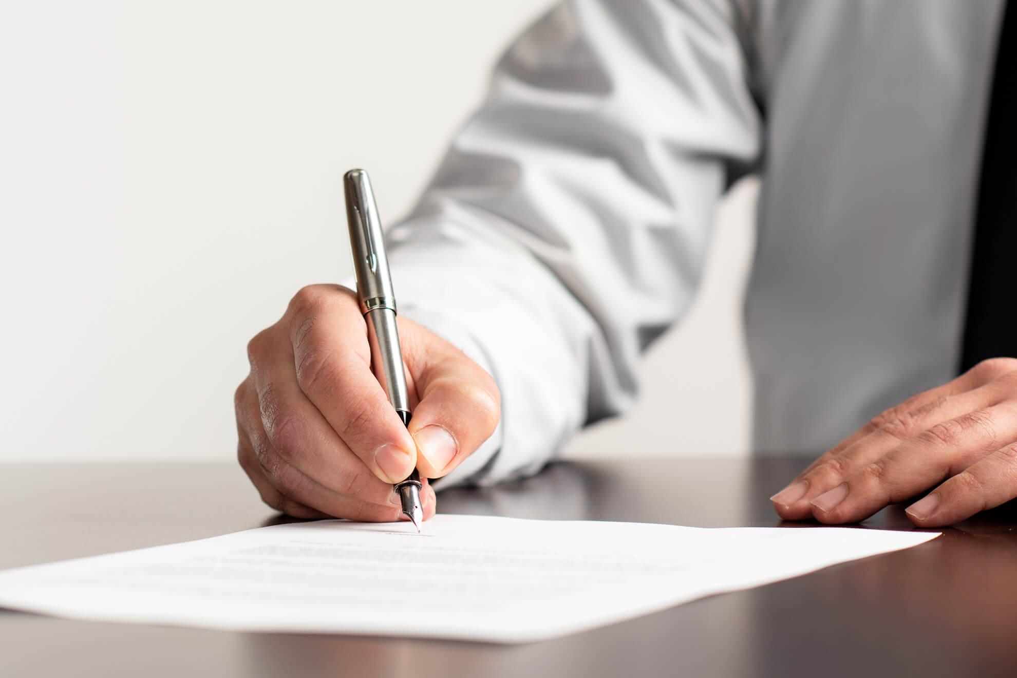 Cambridge Immigration, Work Visa, Skilled Worker, Employer, Sign, Documents