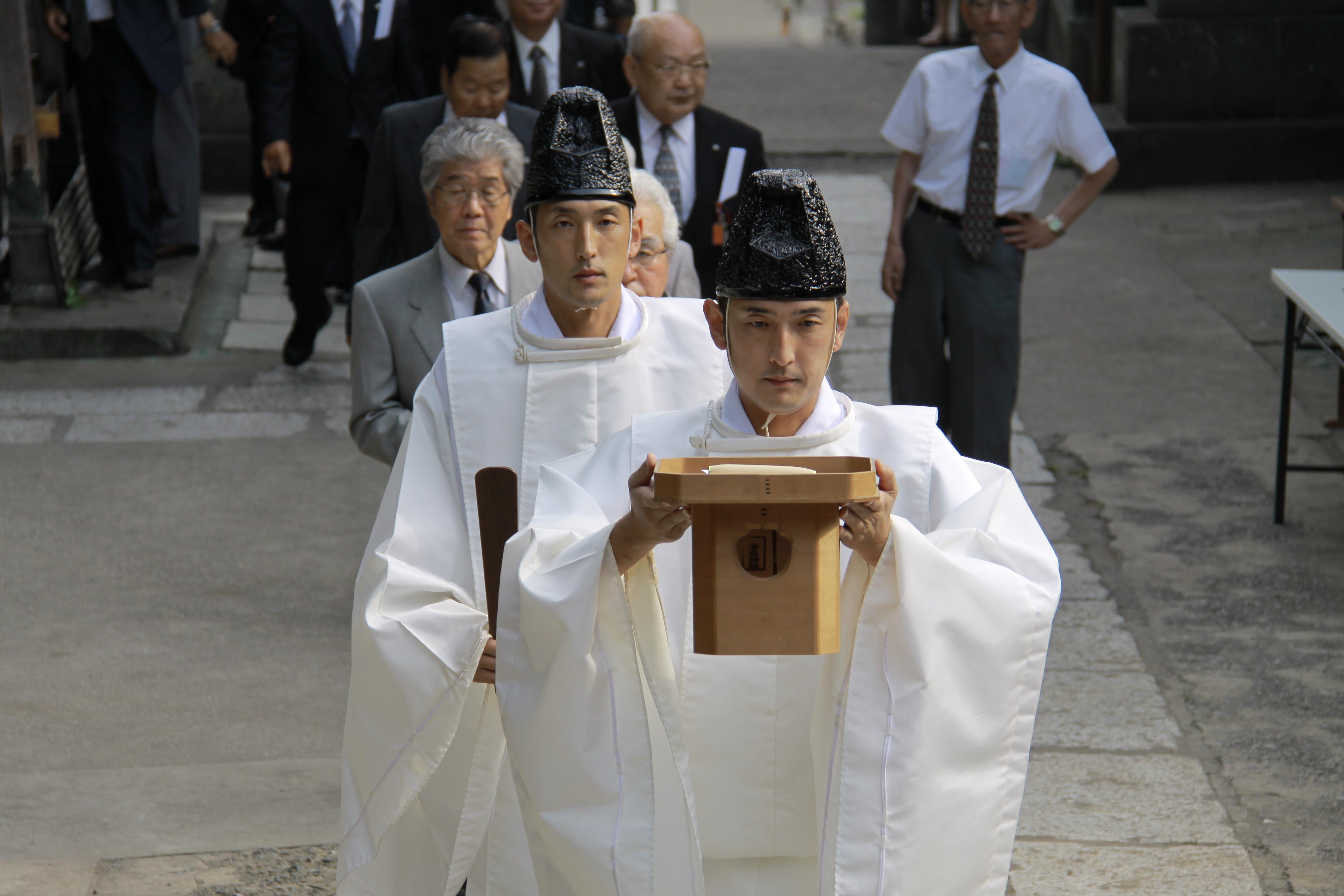 夫婦の神様がいる「海南神社」にインタビュー!由緒正しい縁結びの由来と御神木
