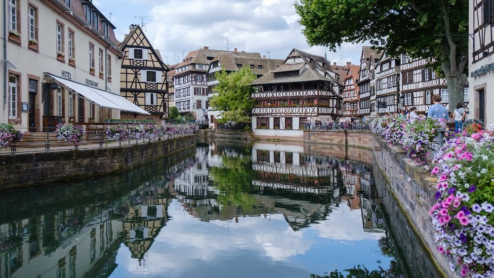 City view of Strasbourg over the canal