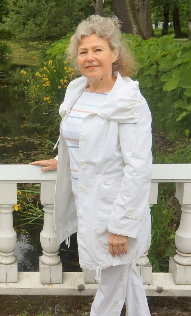 Hambaarst, Irene Raus