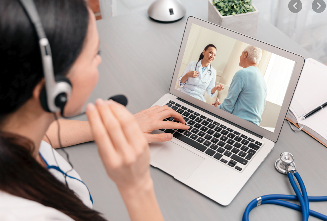 Pros and Cons to Hiring an Online Medical Scribe