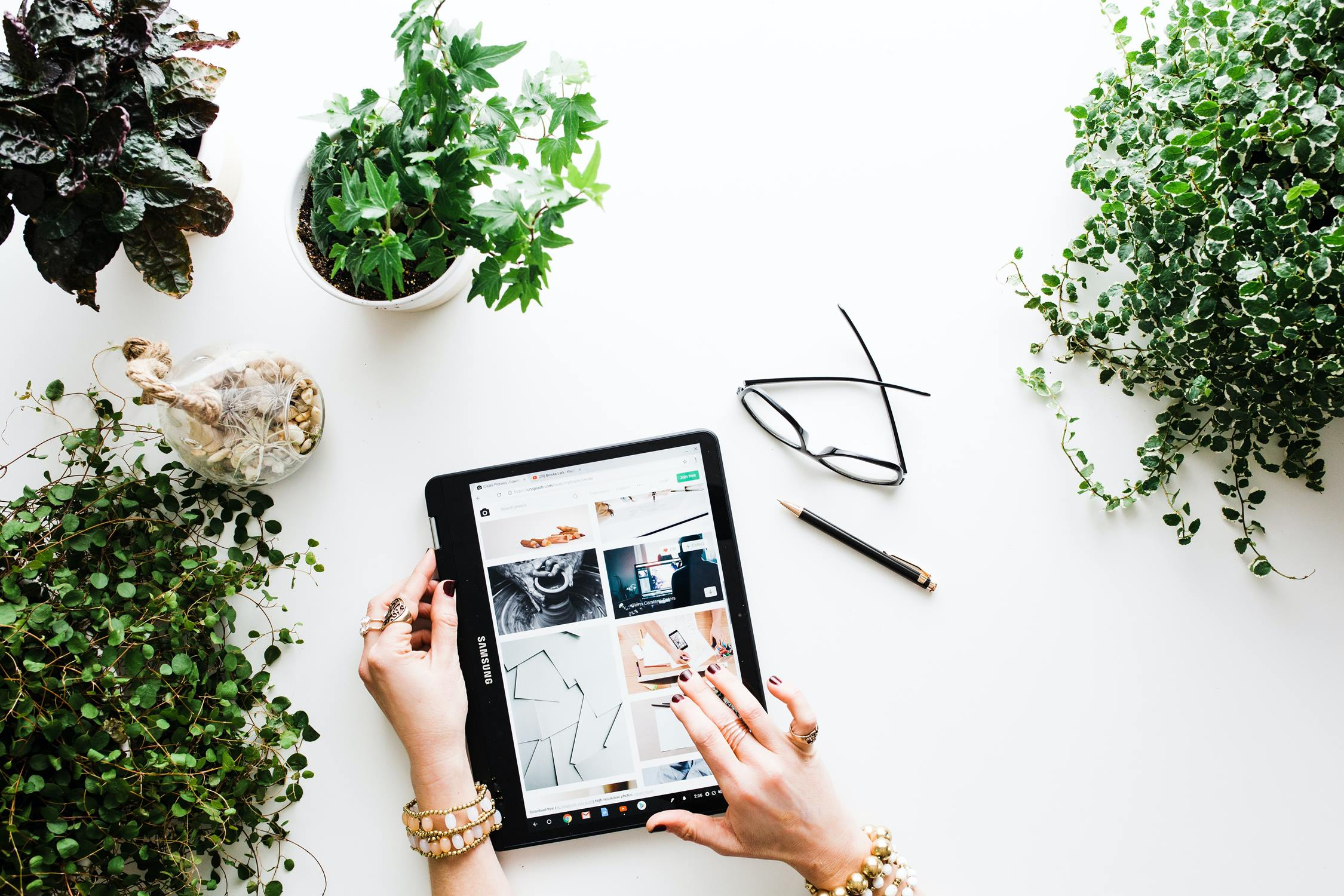5 Online Shopping Consumer Trends: 2021 Online Buying Habits