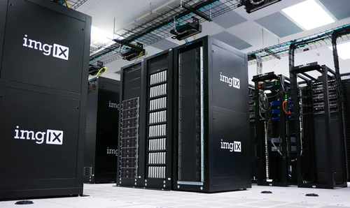 Data Storage machine in a warehouse