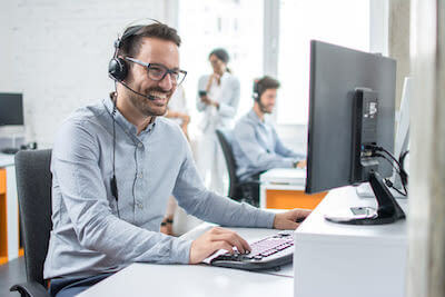 How It Works step 2. Call center example image.