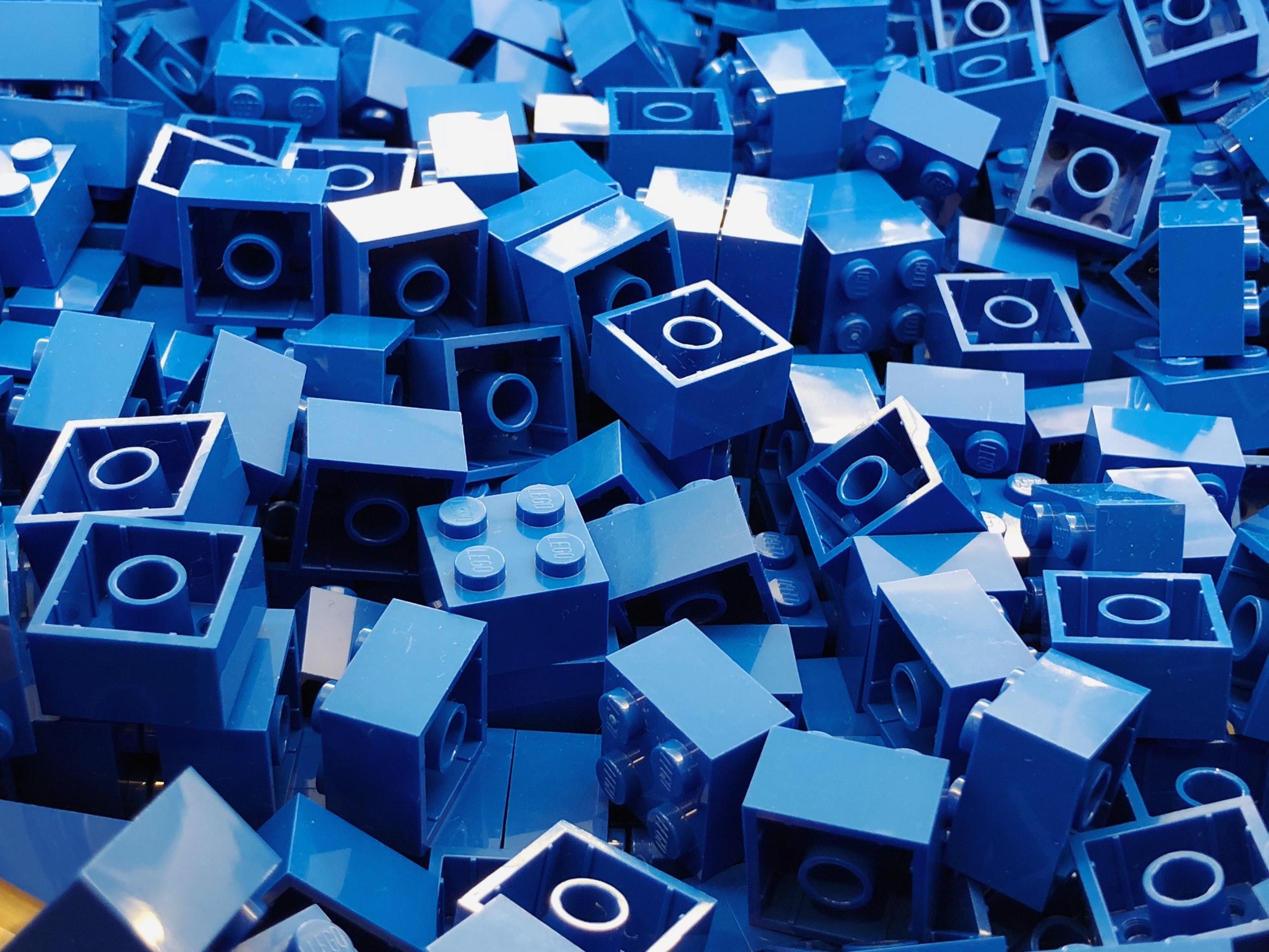 Pile of large square blue legos.