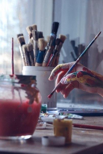 Painter at play
