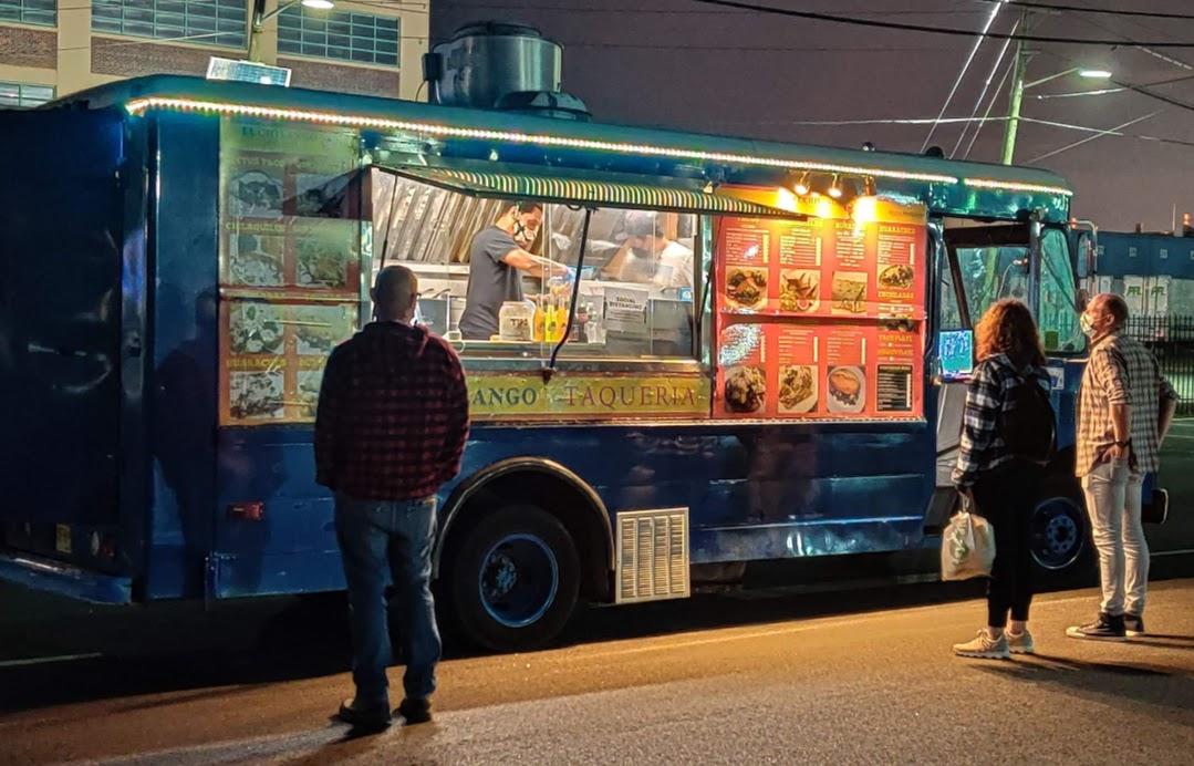El Chilango Taqueria food truck photo by Candace Nicholson