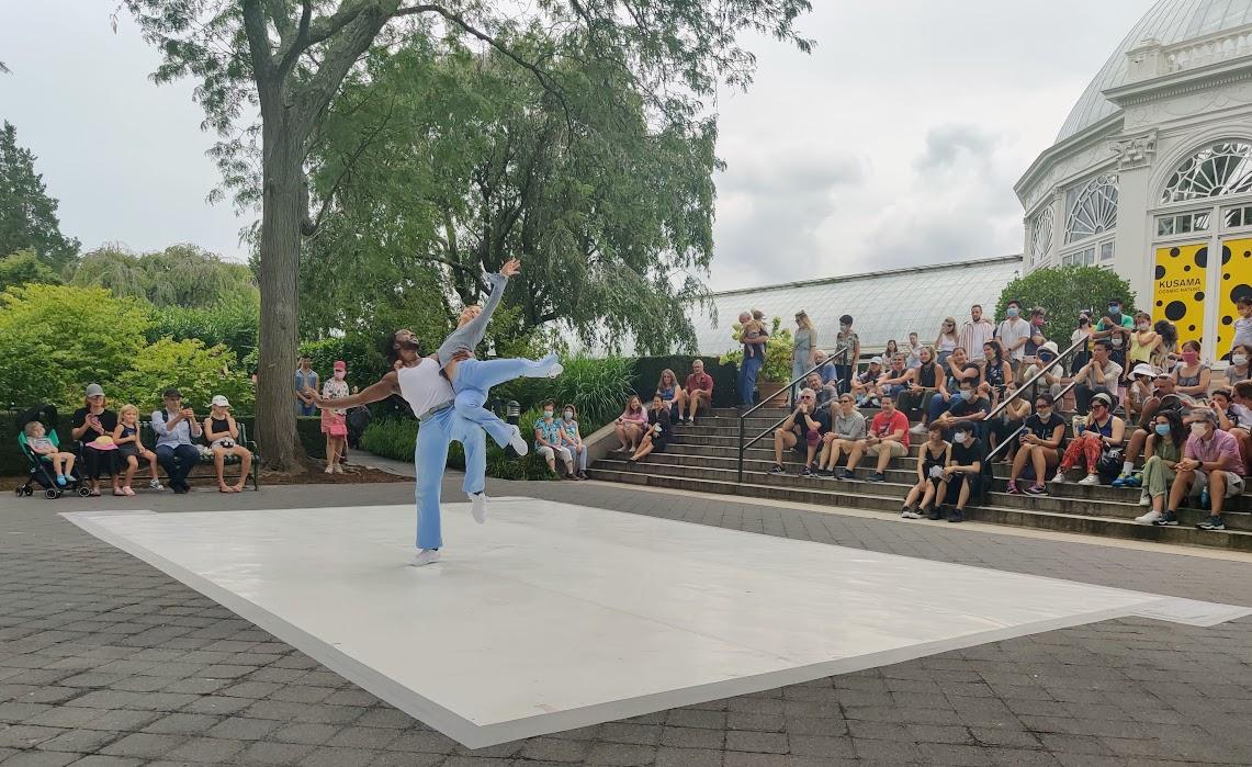 Two dancers from PTDC perform a pas de deux.