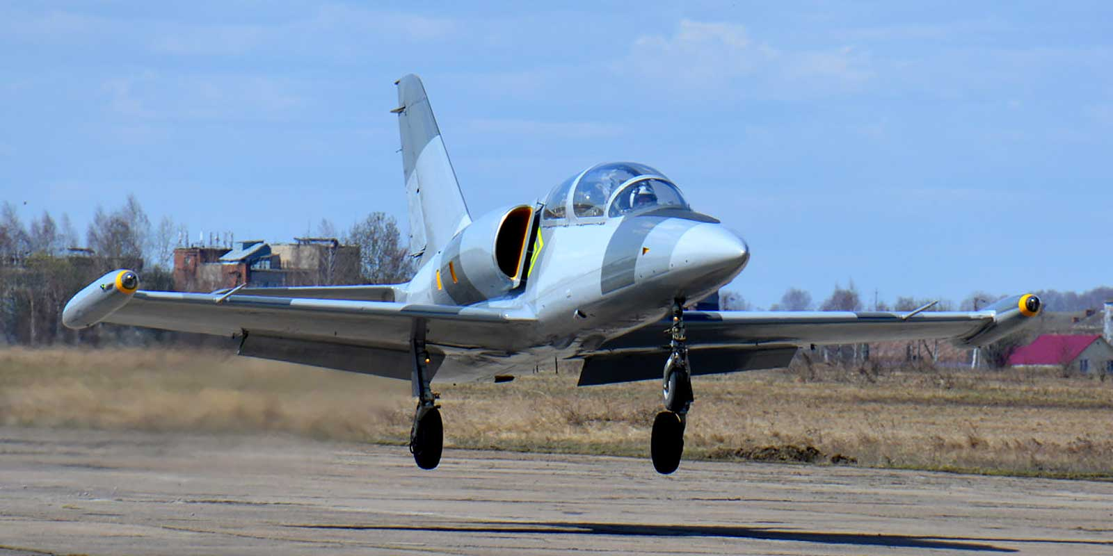 Fly an L-39 Albatros Fighter Jet in Russia
