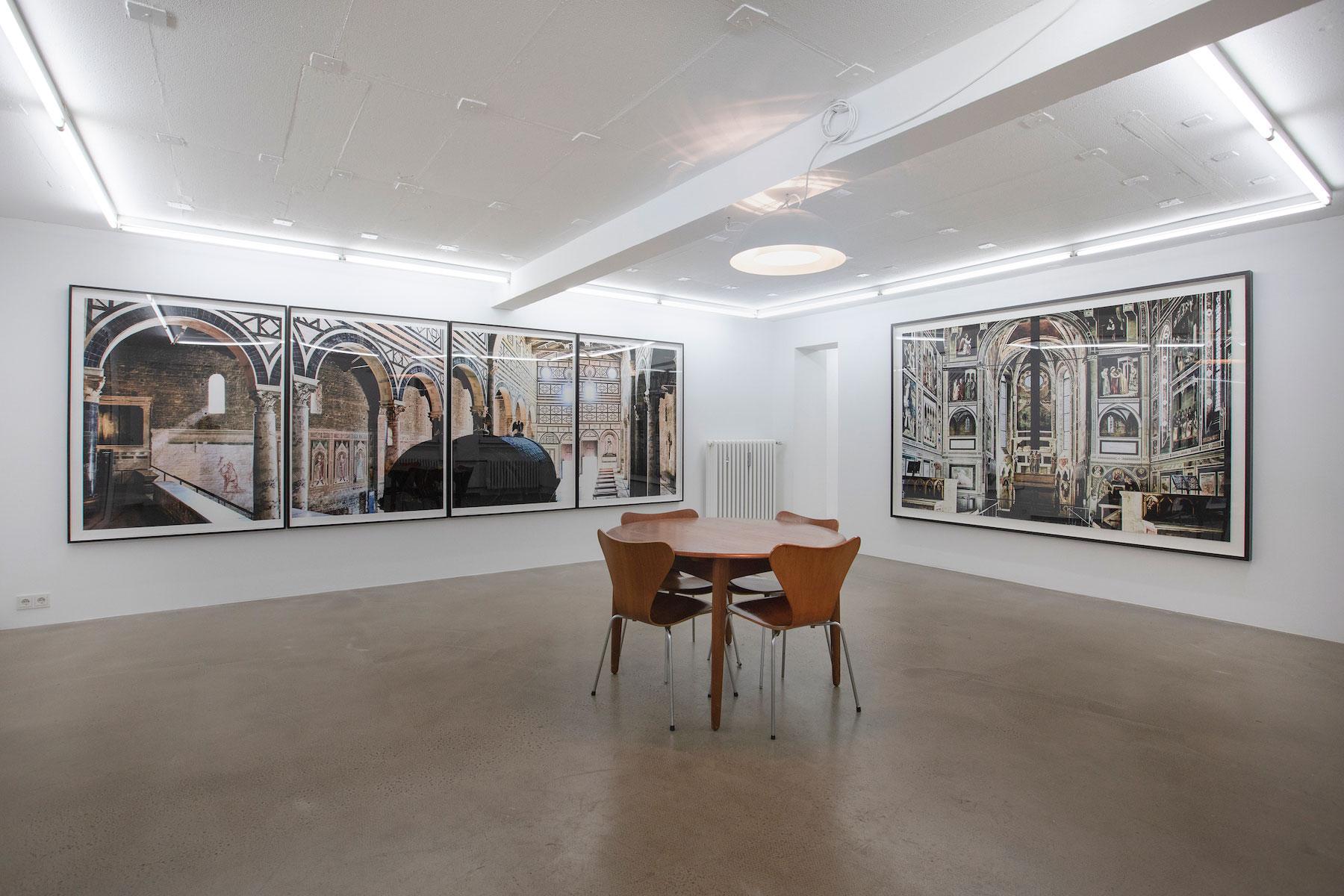 sacred-places_2019_Kolehmaien_Ola_installation-view_01