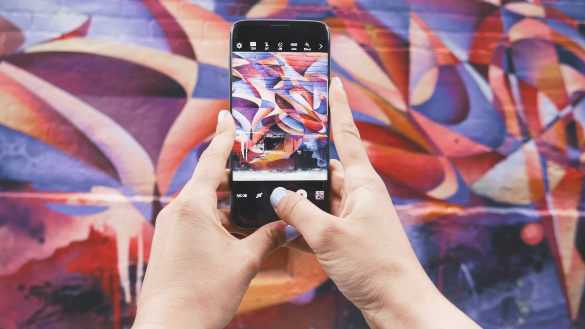 How to whitelist on Instagram and tackle the possible challenges?