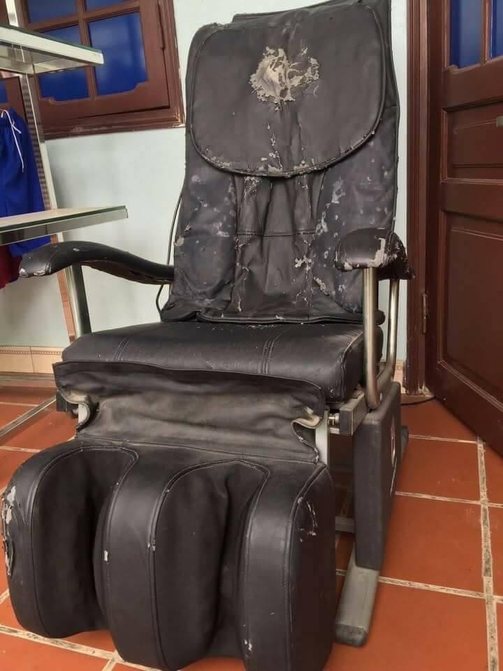 Da ghế massage bị hỏng