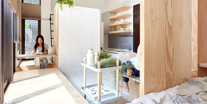 sử dụng các mảng gỗ để phân chia khu vực trong nhà