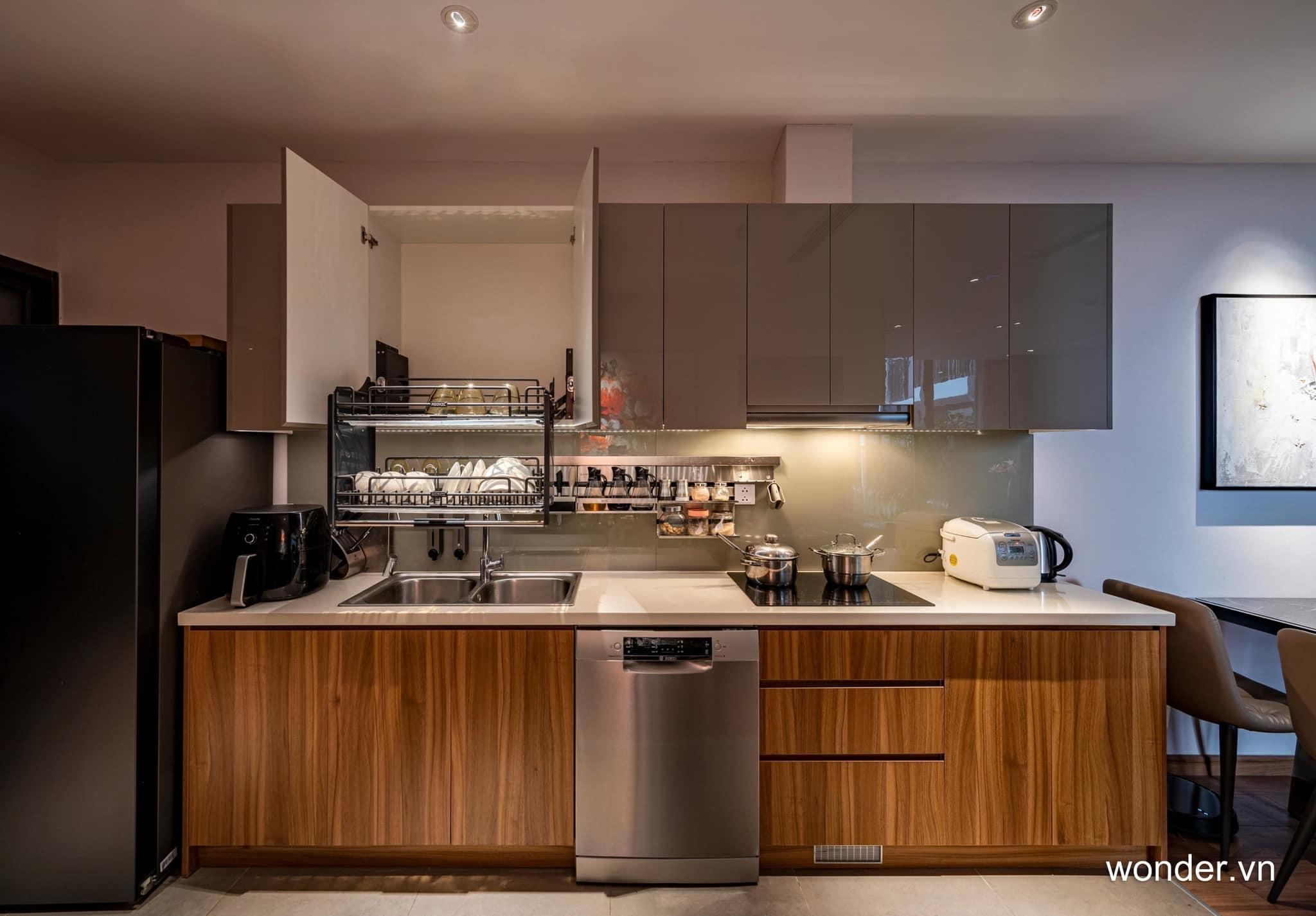 Có thể là hình ảnh về nội thất, bếp và văn bản cho biết 'wonder.vn'