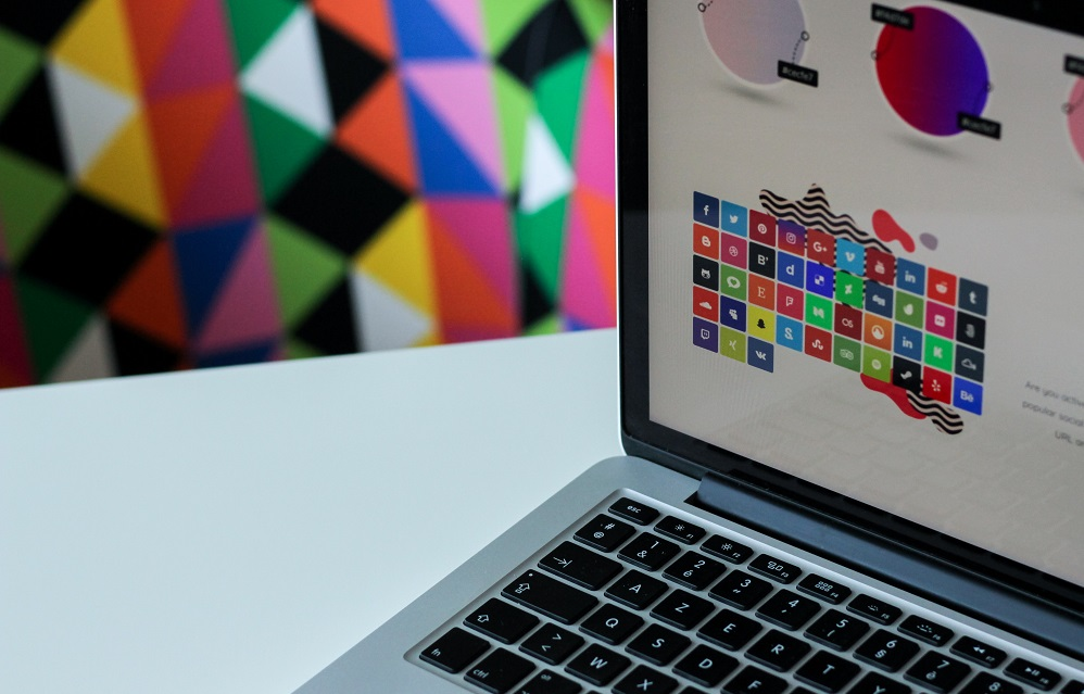 Top 5 Design Tools For Startups That Can't Afford Designers