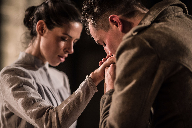 Floriane Andersen and Freddie Stewart in Antic Disposition's Henry V (2015)