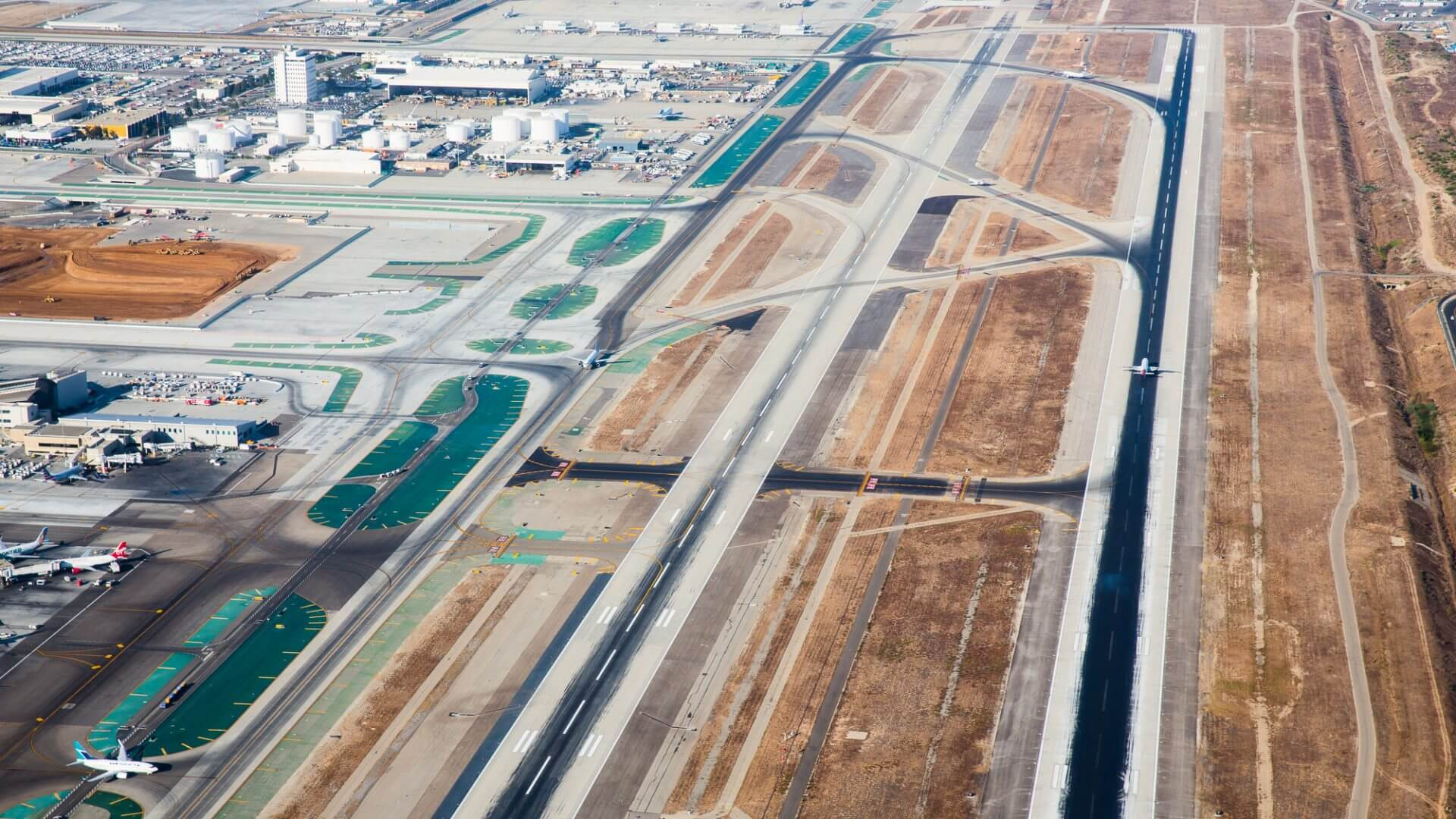 AECOM's LAX project